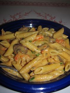 Cajun Fettuccine - I made this for my family's Cajun Xmas party.  They loved it!  I put chicken instead of crawfish though.  It has a spicy kick to it that everyone loved.  Such an easy recipe.  -Candace
