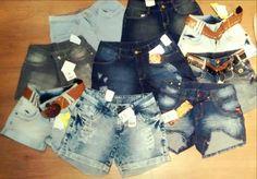 Jeans! Jeans! Jeans! Na Container Outlet T. Otoni você encontra shorts jeans femininos de todas as faixas de preço: 29,99; 39,99; 49,99; 99,99 e 129,99! Escolha o modelo de acordo com seu gosto, estilo ou seu bolso! Rss E aí, vai ficar de fora?? #vemprocontainer #containeroutlet #jeans #modafeminina #grandesmarcas #pequenospreços
