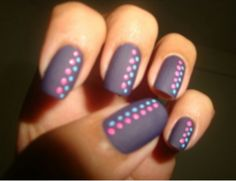 Dotted lines nail art