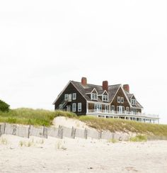 The Hamptons. I once remember having a bonfire close to a house like this. I don't think it was this house though. Coastal Homes, Coastal Living, Coastal Style, Beach Homes, Style At Home, Future House, My House, Ideas Terraza, Dream Beach Houses