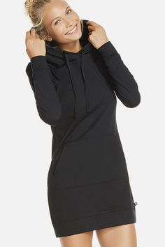 A dress that was made for your off-duty days. Keep cozy in our comfortable, KnitFit sweatshirt dress crafted with a fleece lining and extra stretch for movement