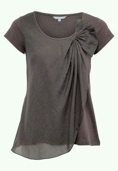 Love the drape of this blouse.  Like the color too