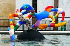 https://flic.kr/p/GAHX7i | Paris - Centre Culturel Georges Pompidou | Fontaine