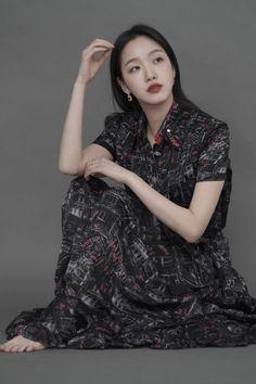 Kim Go Eun Style, Dramas, Korean Drama Best, Jung So Min, Lee Min Ho, Goblin, Most Beautiful Women, Korean Girl, Actors & Actresses