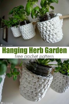 Herb Basket Free Crochet Pattern Do you grow fresh herbs? You'll need this Hanging Herb Garden free crochet pattern! via you grow fresh herbs? You'll need this Hanging Herb Garden free crochet pattern! Crochet Diy, Crochet Gratis, Crochet Home Decor, Crochet Ideas, Modern Crochet, Crochet Bags, Hanging Herb Gardens, Hanging Herbs, Hanging Baskets