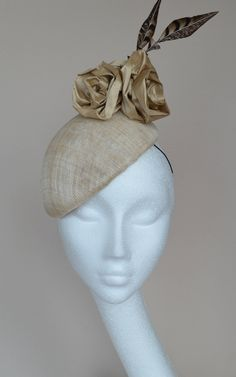 26633581a5839 Beige wedding hat Natural wedding hat Beige beret with champagne roses and  pheasant feathers Neutral wedding