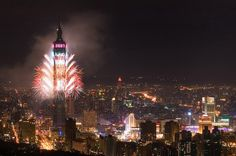 Fresh Pics: New Years Firework Displays and Shows Worldwide
