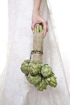 artichoke bouquet - I'm posting this as a joke... But it's so me!!!!