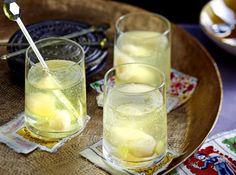 Unser beliebtes Rezept für Litschi-Ingwer-Sekt und mehr als 55.000 weitere kostenlose Rezepte auf LECKER.de.