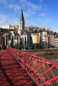 Footbridge on the Saône and Saint-Georges church. Ville France, Lyon France, Places Around The World, Around The Worlds, Lyon City, Belle Villa, Rhone, Europe Destinations, Adventure Is Out There