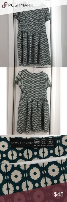 Dark Green Patterned Smock Dress Forest Green Pattern Smock Dress  forest green dress , kawaii  ( Bigger size but looks great loose! ) Great condition Size US 18 Atmosphere Dresses Mini