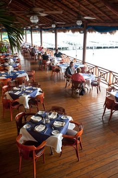 Come to Captain's Cove Restaurant and enjoy the best steaks and seafood in Cancun with a lovely view of the Nichupte lagoon. Kids eat FREE on Mondays! | More info & reservations: http://www.captainscoverestaurant.com/