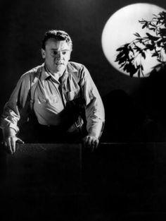 1947  13 Rue Madeleine - James Cagney