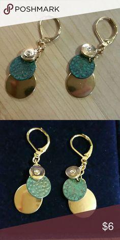 MACY'S EARRINGS MACY'S  EARRINGS, GOLD SMALL  HOOP PIERCED EARRINGS, MACY'S  Jewelry Earrings