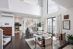 Alexis Bledel and Vincent Kartheiser express their minimal design style in their home.
