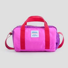 With plenty of reusable cups, water bottles and other planet-friendly options, you can get around in sustainable, sophisticated style. Library Bag, Reusable Shopping Bags, Kids Backpacks, Gift Store, Sophisticated Style, Bag Storage, Gym Bag, Snail Mail, Tote Bag