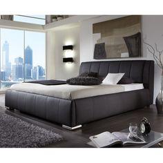 Cikkszám: EWELINA-B-160 Az EWELINA kárpitozott ágy kiváló minőségű anyagokból készült, ezáltal biztosított, hogy hosszú éveken át gyönyörködhetsz majd pazar megjelenésében. Rendkívül kényelemes, több méretben és színben rendelhető. Dobja fel hálószobáját és teremtsen stílusos és kényelmes környezetet!