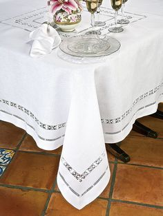 Verona Table Linens - Luxury Table Cloths - The singular beauty of hemstitching, patiently crafted by hand, will be appreciated by your most discerning guests. Crochet Tablecloth, Linen Tablecloth, Table Linens, Bed Linens, Verona, Drawn Thread, Vintage Tablecloths, Cutwork, Thanksgiving Table