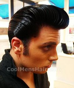 Thats a lot of makeup for a dude. Image detail for -How To Grease Your Hair With Pomade Like A Greaser Mens Rockabilly Hairstyles, Rockabilly Men, Slick Hairstyles, Classic Hairstyles, Retro Hairstyles, Rockabilly Fashion, Grease Hairstyles, Rockabilly Wedding, 1950s Fashion