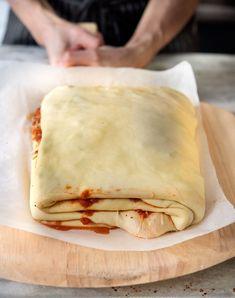 Bread Lasagna Recipe, Strudel, Empanadas, Italian Lasagna, Sicilian Recipes, Sicilian Food, Baking Stone, Tomato Sauce Recipe, Recipes
