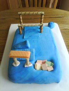 Gymnastics Cake- I would have loved a cake like this when I was little! (: