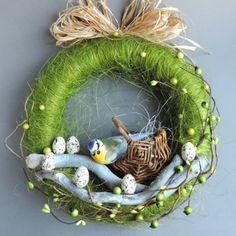 Diy Easter Decorations, Christmas Decorations, Egg Carton Crafts, Easter Crochet, Arte Floral, Easter Crafts For Kids, Easter Party, Vintage Easter, Easter Wreaths