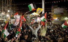 Tras Palestina lograr la admisión como estado observador en la ONU, Palestinos celebran el triunfo en las calles: