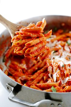 Pasta with Easy Roasted Red Pepper Sauce - Gimme Some Oven