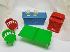 Marx Rec Room Rumpus Room Toy Dollhouse Traditional Style Hard Plastic ping pong juke box beer #louismarx #dollhouse miniatures