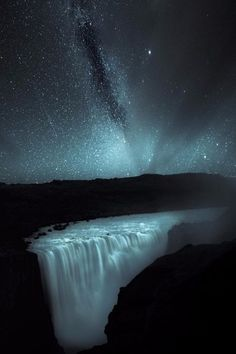 "maureen2musings:  ""Milky Way at Dettifoss drenday  """