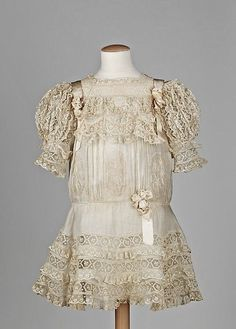 girl's dress 1910 | child's dress, circa 1910