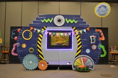 2018 VBS Time Lab Vbs Crafts, Crafts For Kids, Arts And Crafts, Vbs Themes, Party Themes, Theme Parties, Silent Auction Baskets, Fair Theme, Science For Toddlers