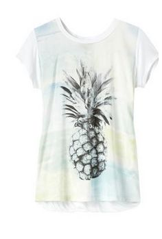 Chez Smart Set Size XS  http://www.smartset.ca/Short-sleeve-t-shirt-with-printed-front/84004897,default,pd.html?start=37