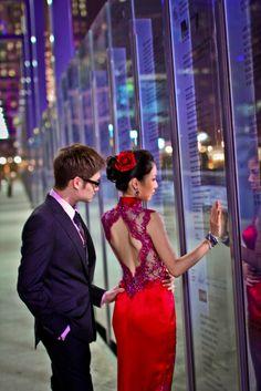 modern twist to a traditional chinese dress! Traditional Chinese, Chinese Style, Traditional Dresses, Chinese Fashion, Chinese Clothing, Chinese Dresses, Cheongsam Wedding, Bridal Gowns, Wedding Dresses