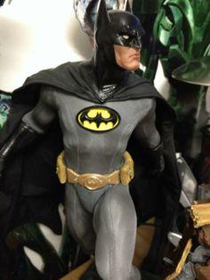 jessica chobot batman statue