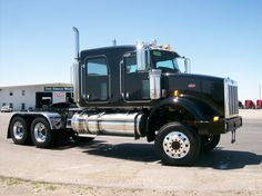 Tricked Out Semi Trucks | Custom Semi 2010 Semi Trucks Big Rigs Kenworth Mack Peterbilt
