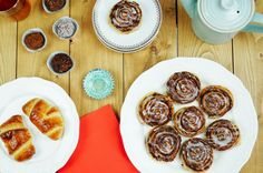 Cinnamon rolls with nutella 😍❤ They are so delicious and it's so easy to make them ❤😚 http://allesmetnutella.nl/kaneelbroodjes-met-nutella/