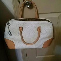Bijoix terner bag nwt Has feet on bottom, never used bijioux terner Bags Shoulder Bags