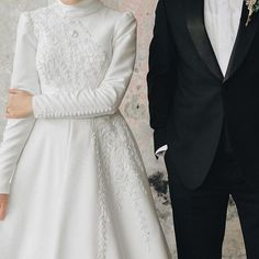 Modest Wedding Dresses With Sleeves, Wedding Dress Styles, Dream Wedding Dresses, Modest Dresses, Wedding Gowns, Bridal Outfits, Bridal Gowns, Kebaya Dress, Cute Muslim Couples
