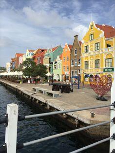 De handelskade in Willemstad