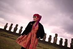 Easter Island sunrise at Ahu Tongariki! Strange Places, Easter Island, Space Travel, Alternative Fashion, Sunrise, Writer, Goth, Statue, Female