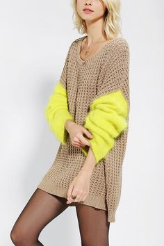 I want to crochet something like this for a sloppy but snuggly day. Not connected by a common thread. Part 3 (selection) / Knitting / Urban Outfitters, Poncho Pullover, Boyfriend Sweater, Color Block Sweater, Knit Fashion, Women's Fashion, Look Chic, Mode Inspiration, Pulls