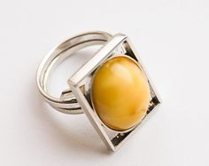 Handmade Silver Baltic White Amber Ring, 9g Yellow Rings, Amber Ring, Handmade Silver, Etsy Seller, Unique Jewelry, Handmade Gifts, Vintage, Kid Craft Gifts, Craft Gifts