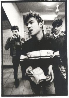 BLUR - speaks to my heart. though half the time I don't know what they're on about