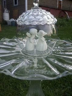 Best Art of Glass Garden Decoration Glass Garden Flowers, Glass Plate Flowers, Glass Garden Art, Glass Art, Clear Glass, Glass Bird Bath, Glass Birds, Suncatcher, Yard Ornaments