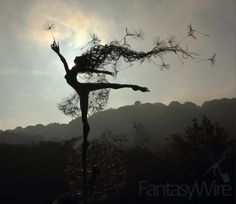 Morning wishes, amazing wire sculpture artist Robin Wight.  check his website out www.fantasywire.co.uk
