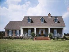 Low Country House Plan with 1800 Square Feet and 3 Bedrooms(s) from Dream Home Source   House Plan Code DHSW18758