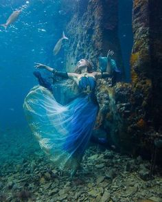"- Hannah Fraser (@hannahmermaid) on Instagram: ""Lady of the sea~ by @brettsphoto Dress by @fireflypath Shot at Sapona Shipwreck in Bahamas…"""