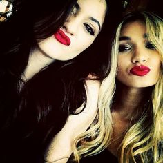 red lipsssss makes all the difference