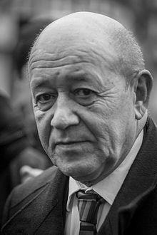 Jean-Yves Le Drian est nommé ministre de l'Europe et des affaires étrangères Jean Yves, Mai, Jeans, Einstein, Europe, Portrait, Photos, Politicians, Pictures